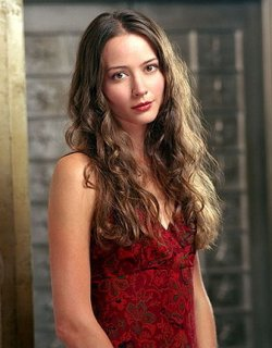 Amy Acker Joins the Cast of DOLLHOUSE « ... : エイ